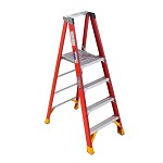 Werner 4 ft Fiberglass Platform Single Sided Stepladder P6200 Series