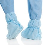 Kimberly-Clark KIMTECH A8 Certified Ankle-High Shoe Covers with Traction Strips Universal Size - 270 pk.